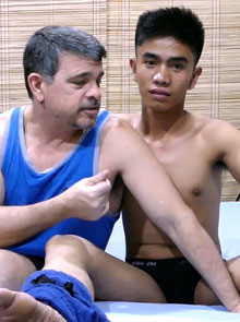 Daddy and Str8 Asian boy Robin