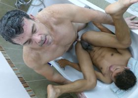 Bath Tub Fun With Alex